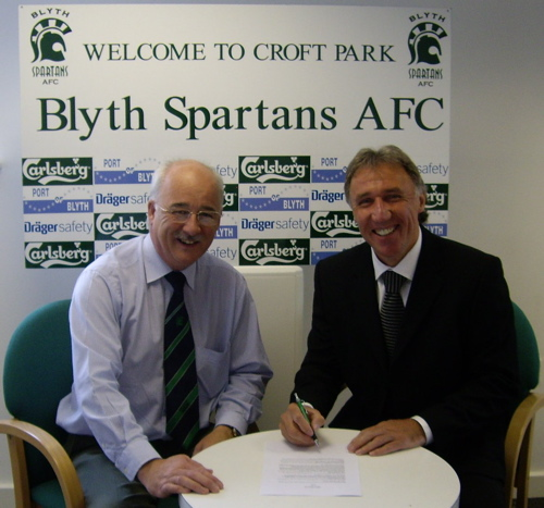 Chairman Tony Platten with new Blyth Spartans Manager Mick Tait